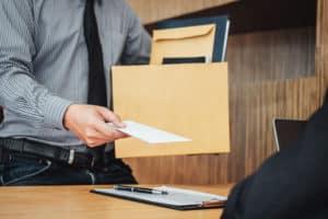 【副業紹介#35】退職代行で稼ぐ方法は|特徴・評判・メリット・デメリット