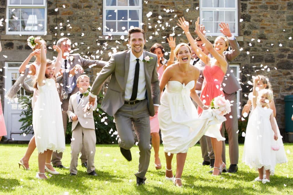 【副業紹介#63】結婚式代理出席で稼ぐ方法とは|特徴・評判・メリット・デメリット